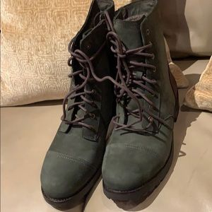 Ugg combat boots new Authentic